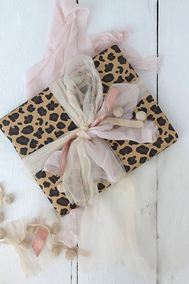 BLOG_Basic_gift_wrapping_6
