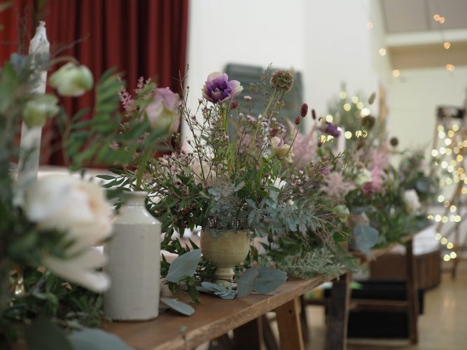 Lotts and Lots | Flower Table