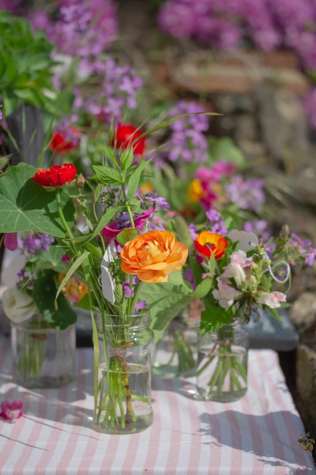 Flower_stall_1