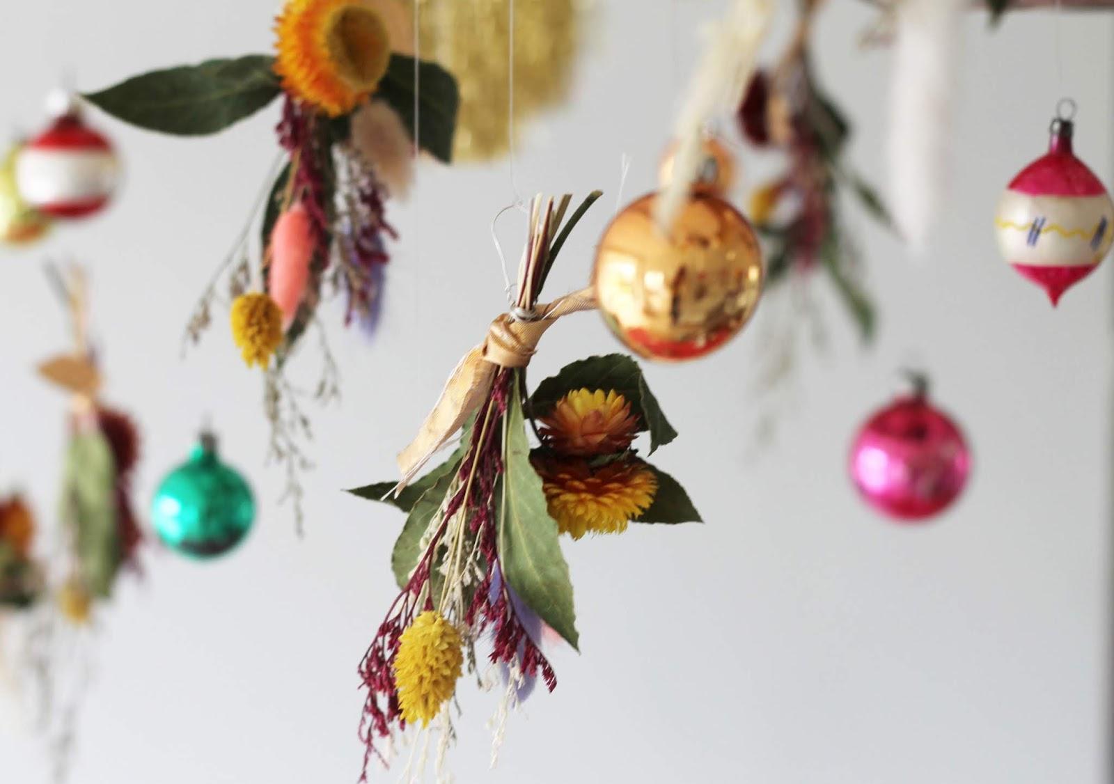 House_at_Christmas_7