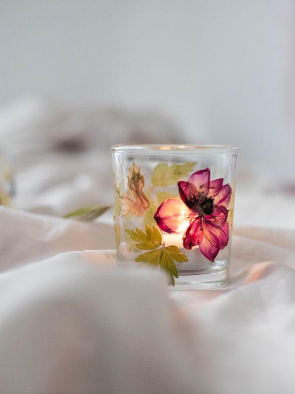 Anemone tealight holder