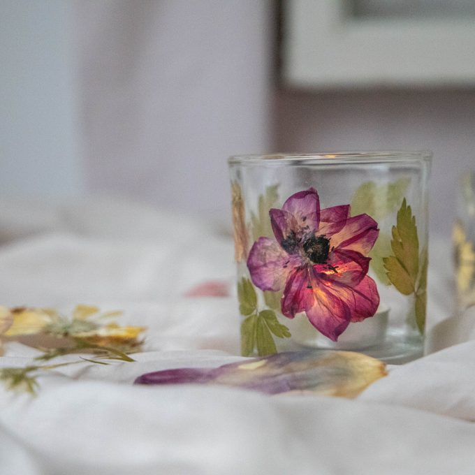 pressed flower tealight holder DIY