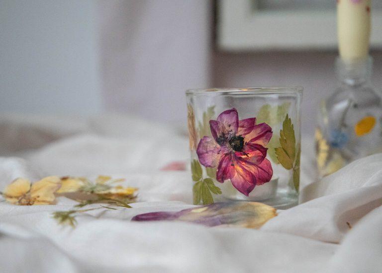 pressed flower tealight holder DIY