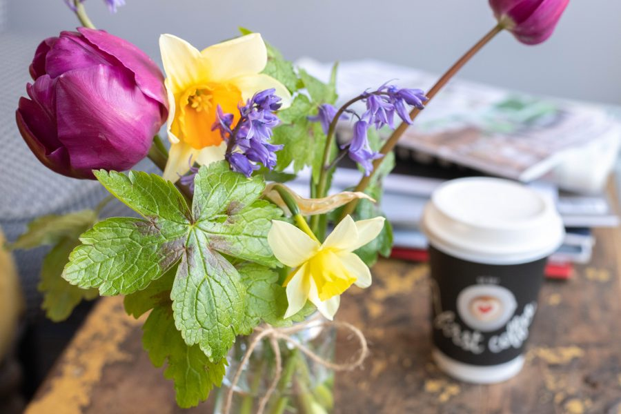 Spring_flowers_and_Coffee