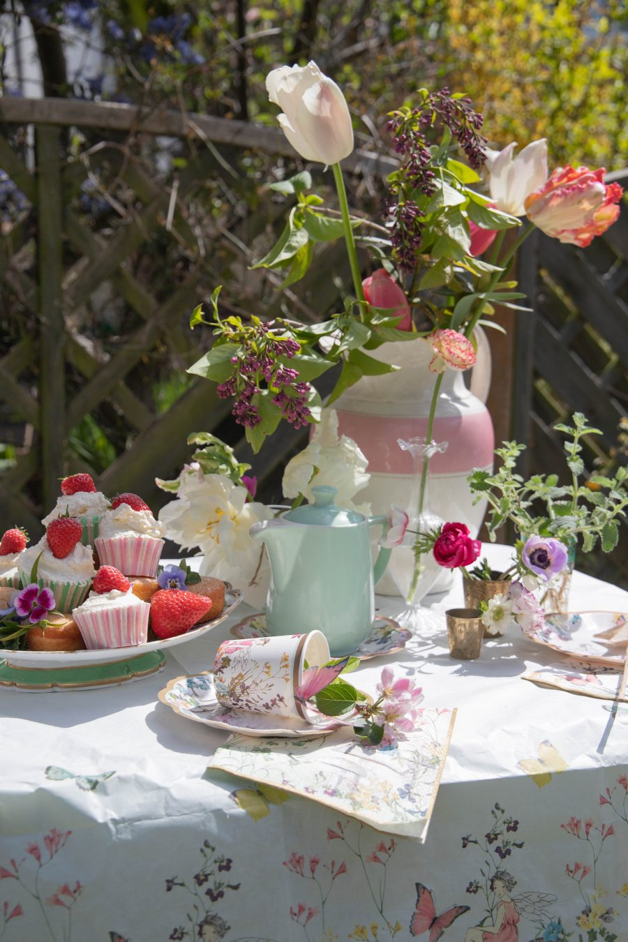 Spring_Floral_Table