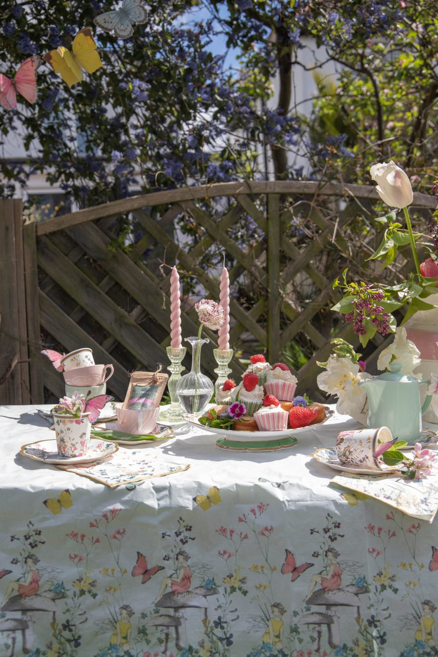 Pretty_Spring_Table_Styling