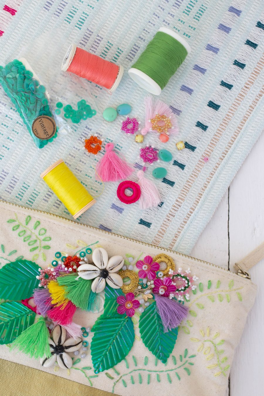 Embroidered_Cotton_Zip _Purse
