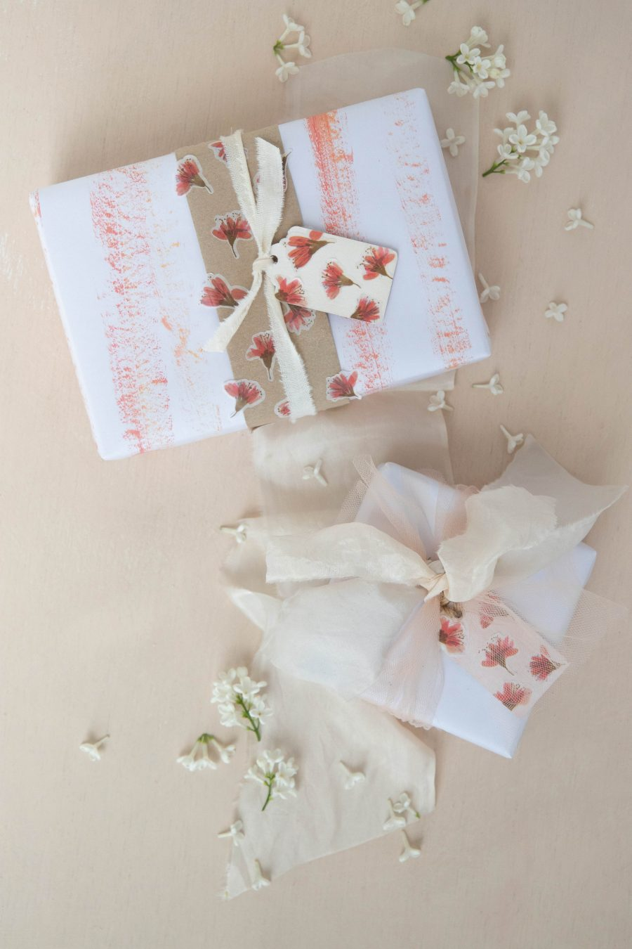 Blossom_washi_tape_gift_wrapping