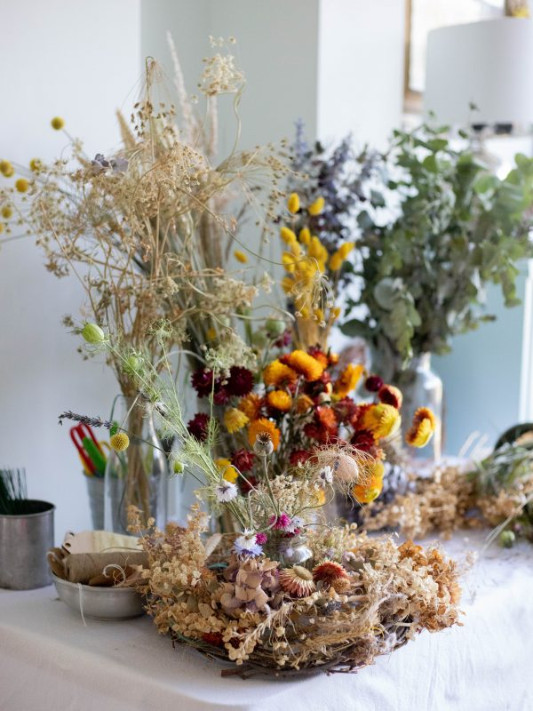 Dried flower table